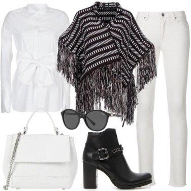 Outfit Mantella in bianco e nero