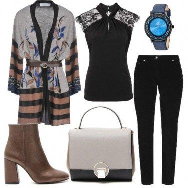 Outfit Orologio particolare