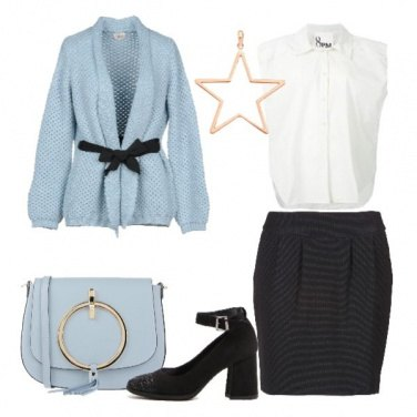 Outfit Cardigan celeste e gonna nera
