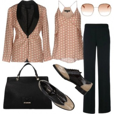 Outfit Pois chic in rosa e nero