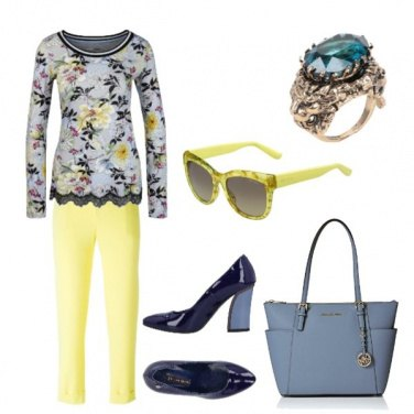 Outfit Maglia fiori e pizzo