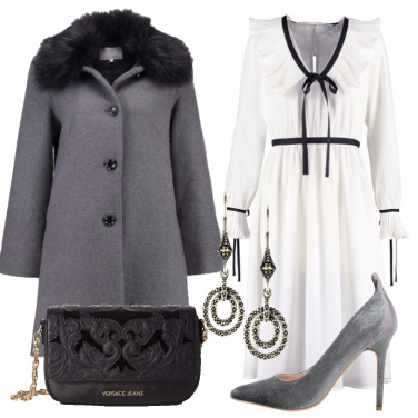 Outfit L\'abito bianco nastrini e fiocchi