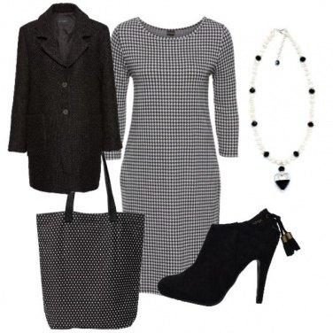 Outfit Grigio nero