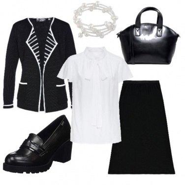 Outfit La gonna a trapezio