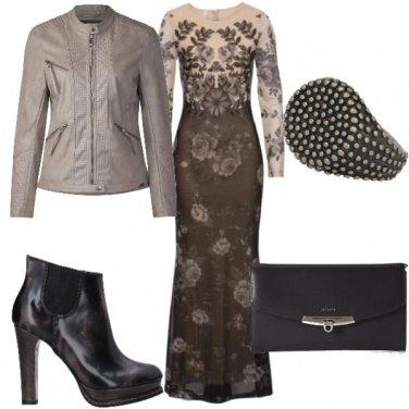 Outfit L\'abito lungo un pò rock