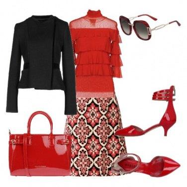 Outfit Accessori vernice rossa