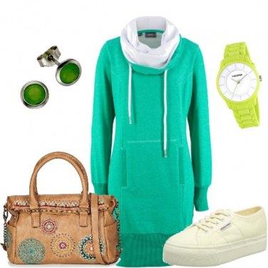 Outfit Verde in tutte le sfumature....