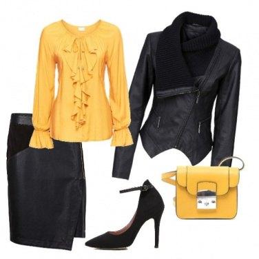 Outfit Giallo caldo