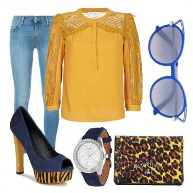 Outfit Yellow and blue in the jungle