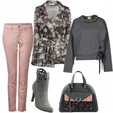 Outfit Con il rosa cipria