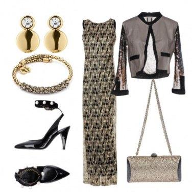 Outfit Abito lungo in pizzo dorato e nero