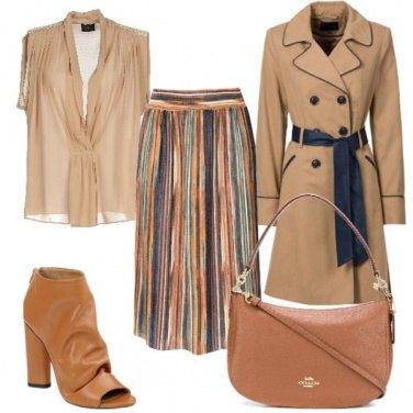 Outfit In ufficio con la gonna plissé