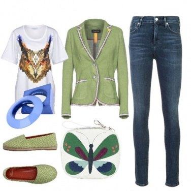 Outfit Borsa con farfalla