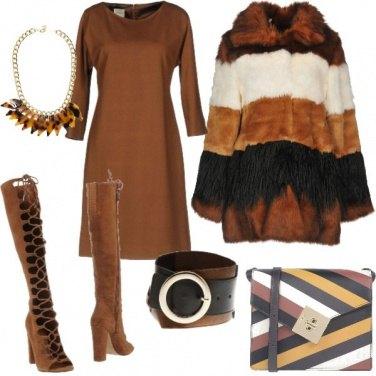 Outfit Marrone Meerkat pantone