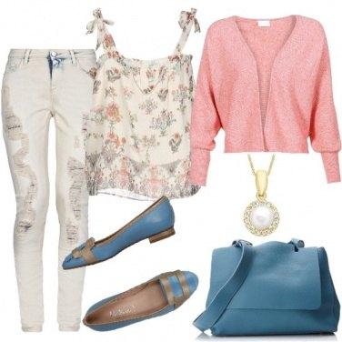 Outfit Autunno con colori pastello