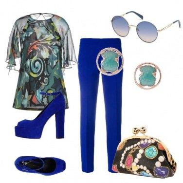 Outfit Camicia trasparente fantasia