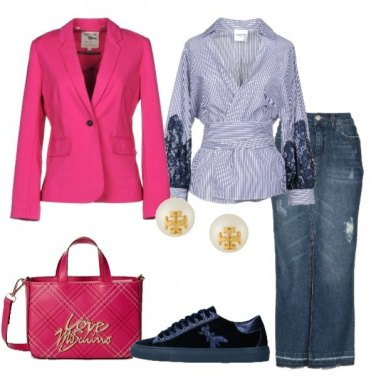 Outfit Jeans righe e colore