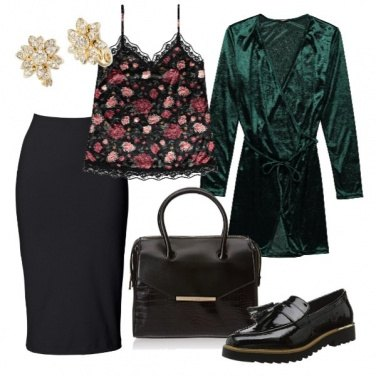 Outfit Top floreale e velluto verde