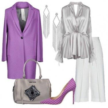 Outfit Cappotto viola pantalone palazzo