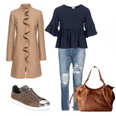 Outfit Trendy coi jeans consumati