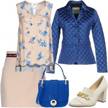 Outfit Azzurro di pomeriggio