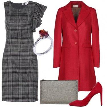 Outfit Rosso e grigio sempre perfetti