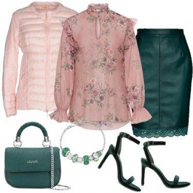 Outfit TSK Fiori rosa