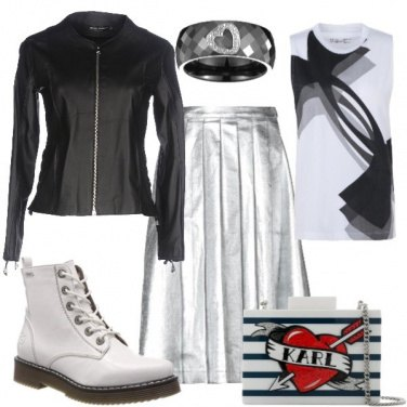 Outfit Giacca di pelle e gonna argento