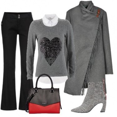 Outfit Cappotto a mantella