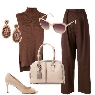 Outfit Chic color caffè