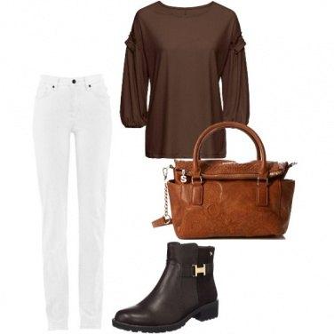 Outfit Bianco e marrone