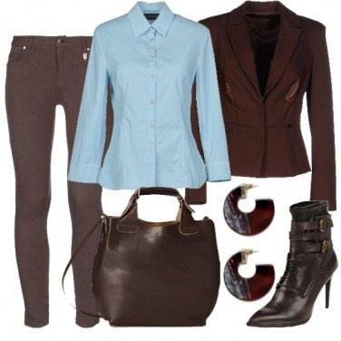 Outfit Azzurro e marrone