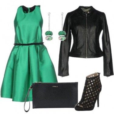 Outfit Il vestito verde brillante