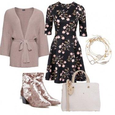 Outfit Vestitino romantico