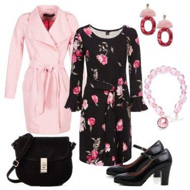 Outfit TSK Fiori rosa in ottobre