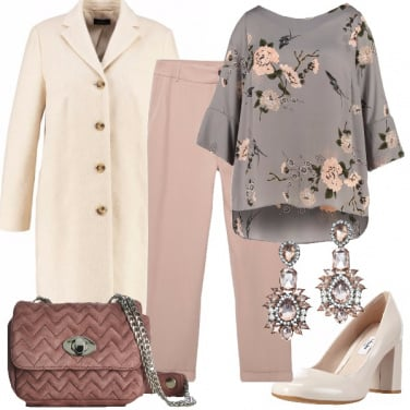 Outfit Romanticismo curvy