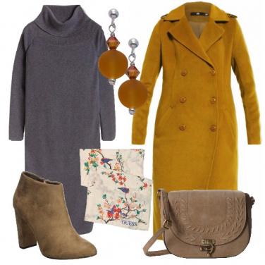 Outfit Il cappotto giallo ocra