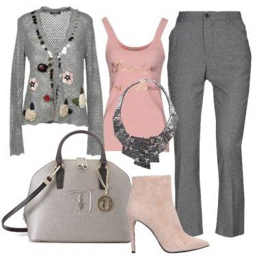 Outfit Il grigio e il rosa