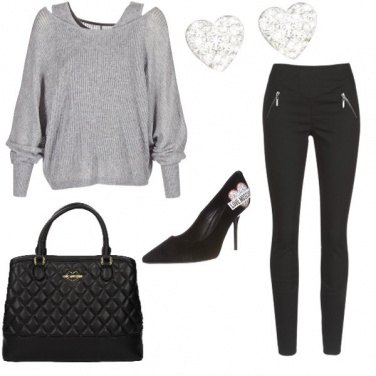 Outfit Love Moschino and University