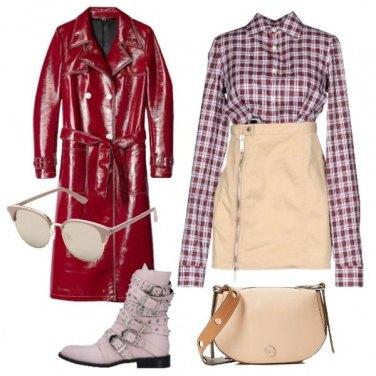 Outfit Vestito Dsquared2 e trench lungo