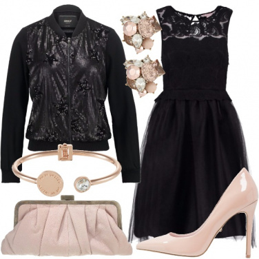 Outfit Tulle e paillettes