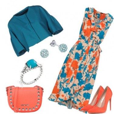 Outfit Ricordi di un'estate arancione e azzurro
