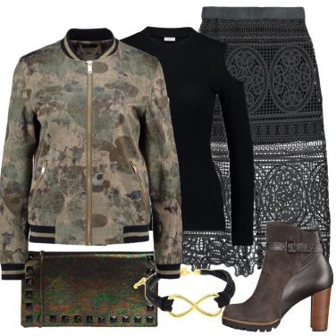 Outfit Il bomber militare fiorato