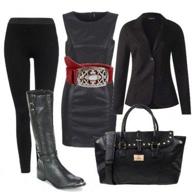 Outfit La cintura rossa