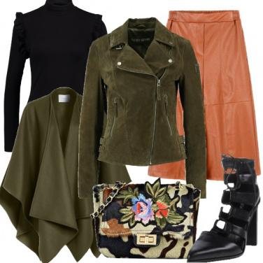 Outfit Rigore militare in morbide pelli
