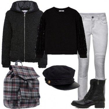 Outfit Lo zaino con fantasia scozzese