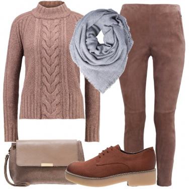 Outfit Minimal monocromatico
