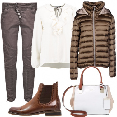 Outfit Scollatura rouches