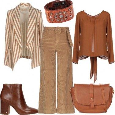 Outfit Pantalone di velluto e giacca a righe