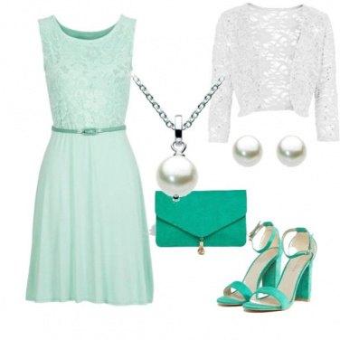 Outfit Verde eleganza